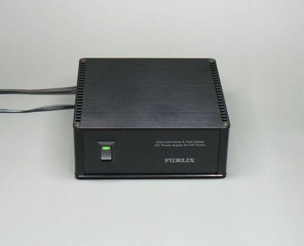 オーディオ用超低ノイズACアダプター電源 FIDELIX FL-AC-zn-12B